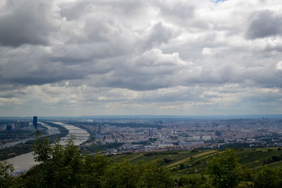 Vienna_hike_leopoldsberg_view_city