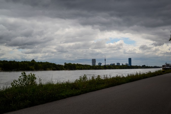 Vienna_hike_start_danube