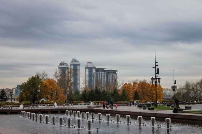 russia_moscow_parks_park-pobedy_square_fountains