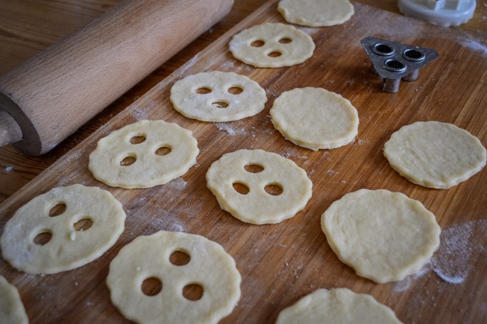 christmas_cookies_vegan_linzer-augen