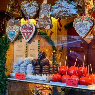 vienna_christmas-market_rathausplatz_food_1
