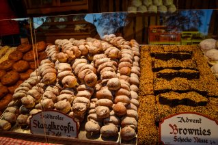 vienna_christmas-market_rathausplatz_food_3