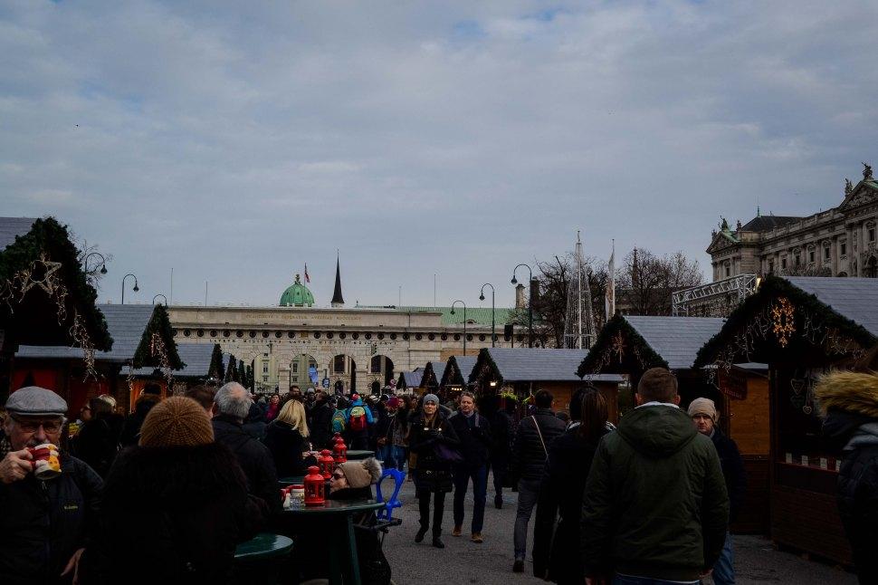 vienna_christmas-market_weihnachtsdorf_1