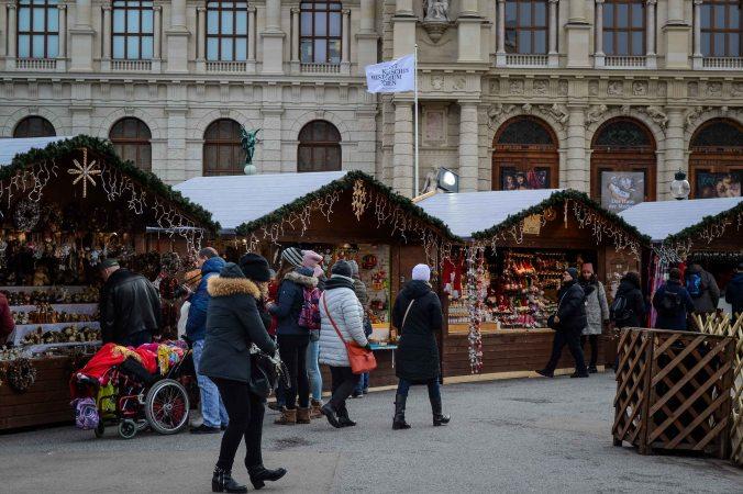 vienna_christmas-market_weihnachtsdorf_3