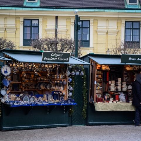 vienna_christmas-markets_schönbrunn_booth3