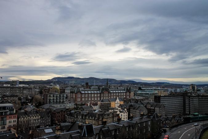 uk_scotland_edinburgh_castle-view_2