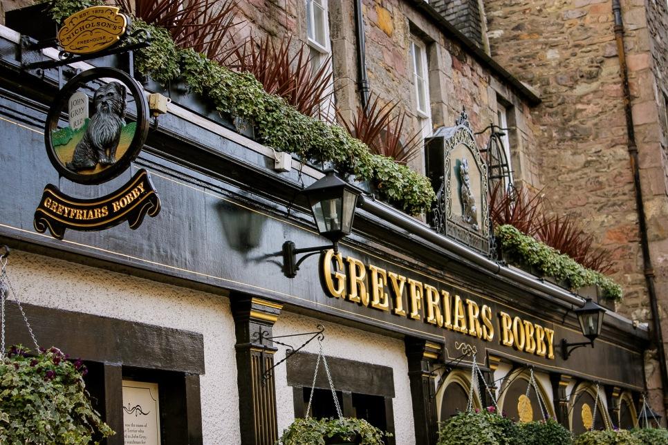 uk_scotland_edinburgh_greyfriars-bobby_pub