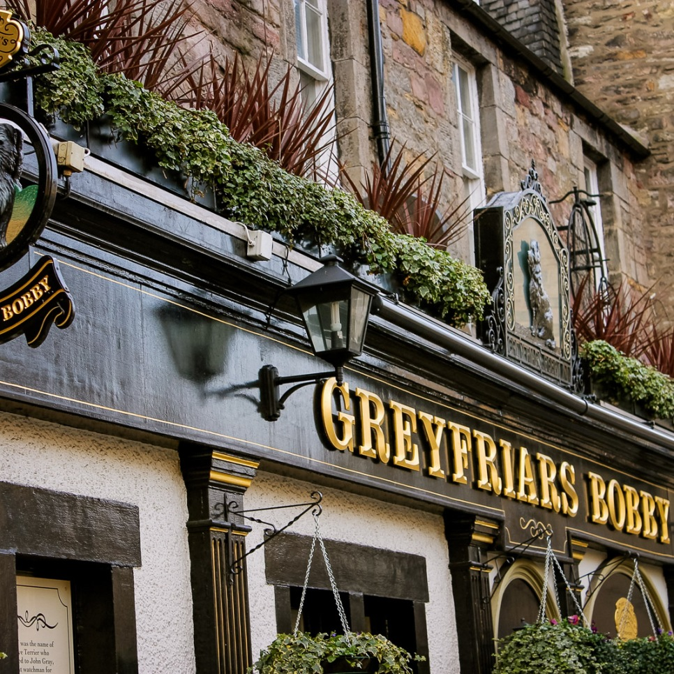 uk_scotland_edinburgh_greyfriars-bobby_pub