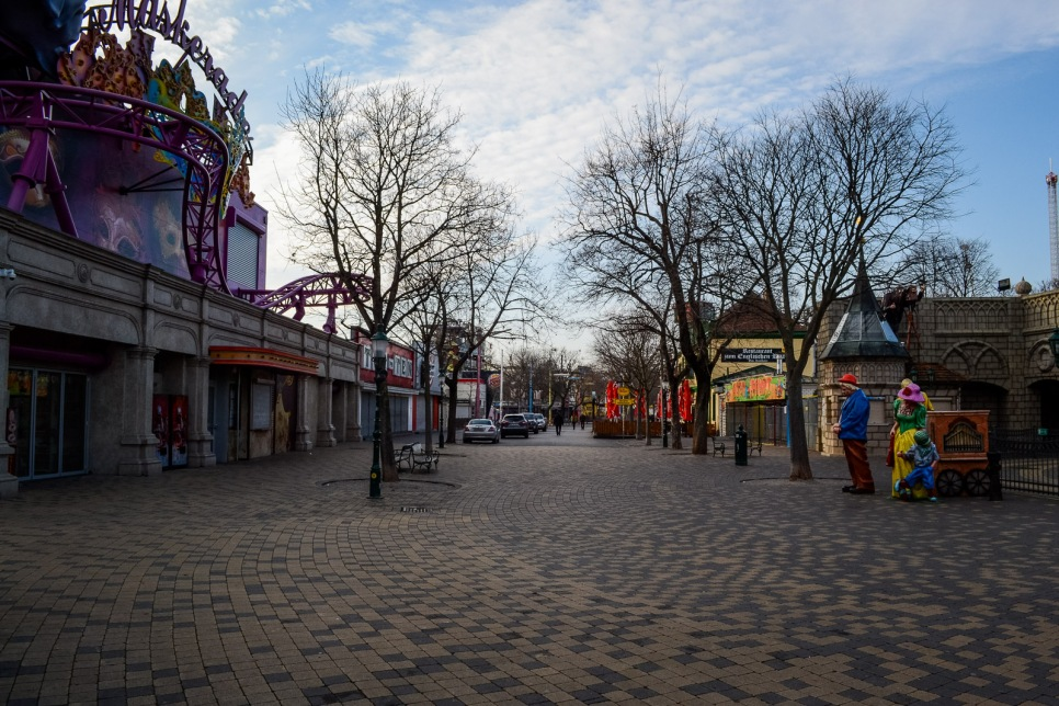 winter_prater_empty_streets