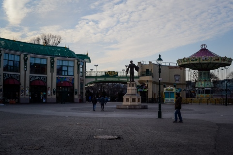 winter_prater_square