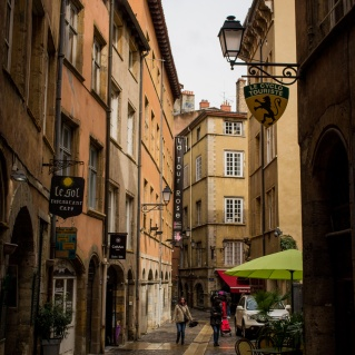 northernsunlight_travel_lyon_old-town_lane_3